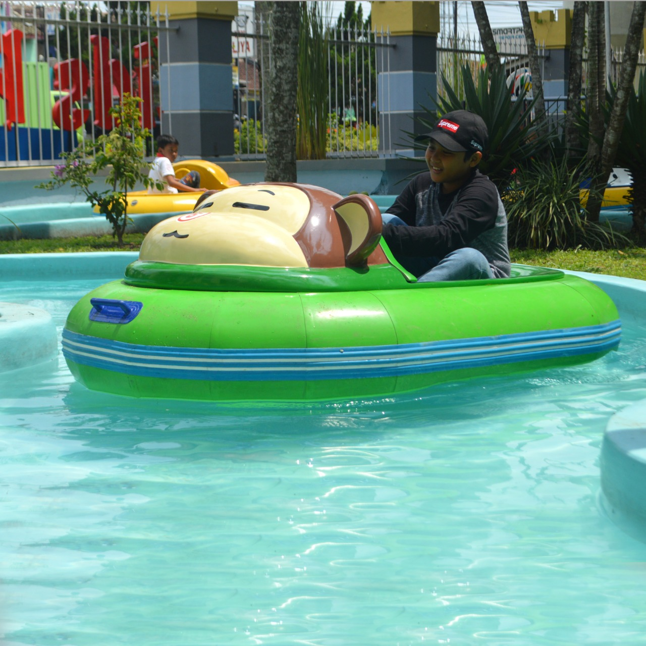 Electric Bumper Boat